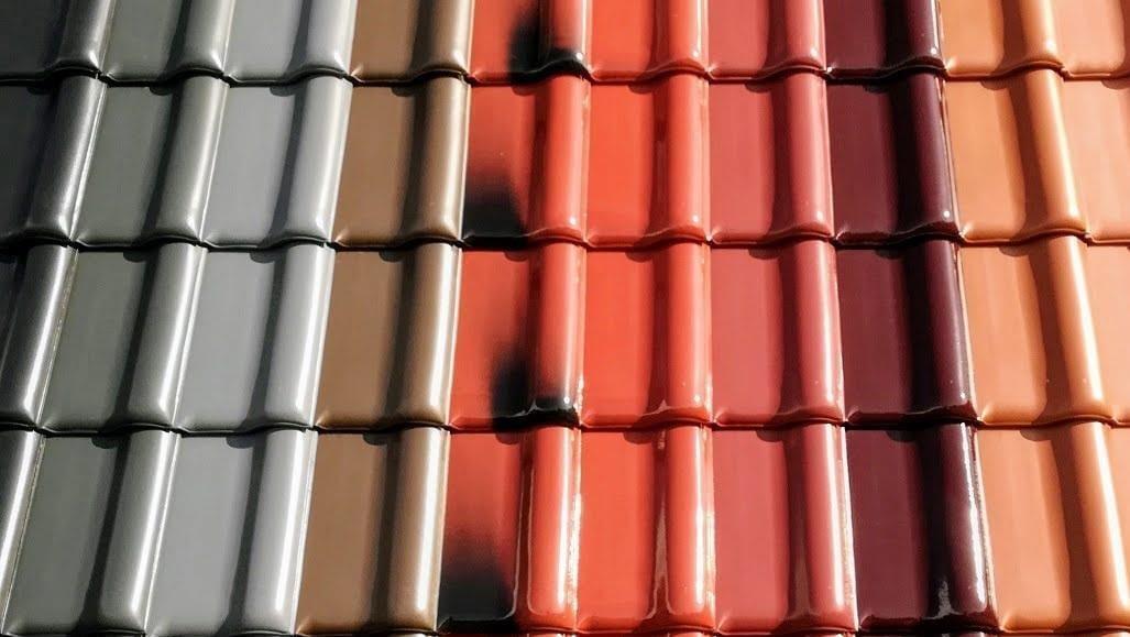 Dachówka ceramiczna – jakie może mieć kolory?