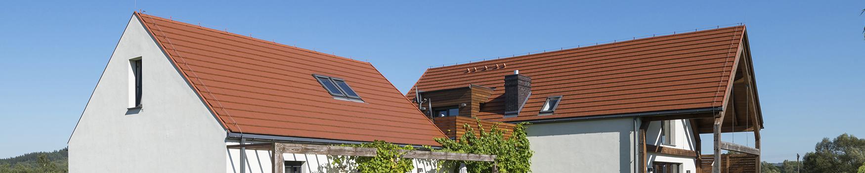 Dachówka w czerwonym kolorze – sposób na ponadczasowy dach