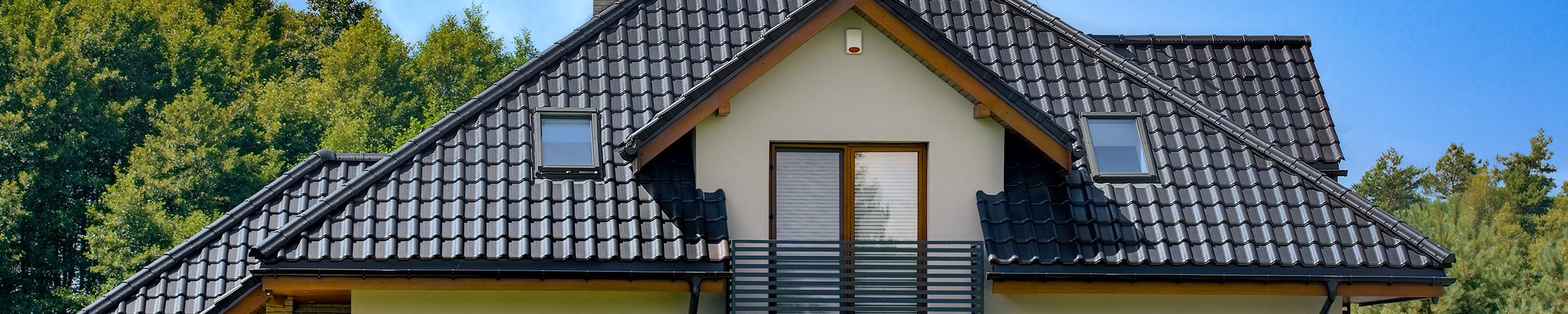 Dom w sansewieriach z dachówką marki CREATON według projektu ARCHON+